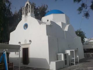 Η Καθολική Εκκλησία της Μυκόνου Παναγία του Ροδαρίου